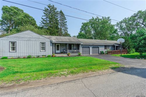 Photo of 158 HUTCHINSON RD, Glenville TOV, NY 12302-6513 (MLS # 202124945)