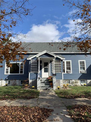 Photo of 218 EAST AV, Saratoga Springs, NY 12866 (MLS # 202128949)