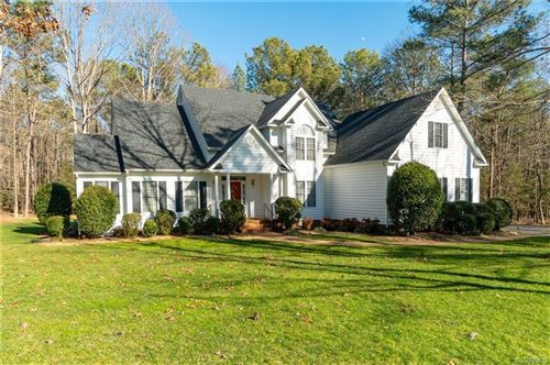 Photo of 11101 Regalia Drive, Damascus, VA 23838 (MLS # 2102021)