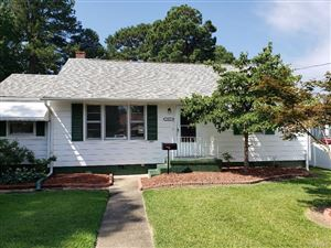 Photo of 517 Battery Place, Colonial Heights, VA 23834 (MLS # 1924064)