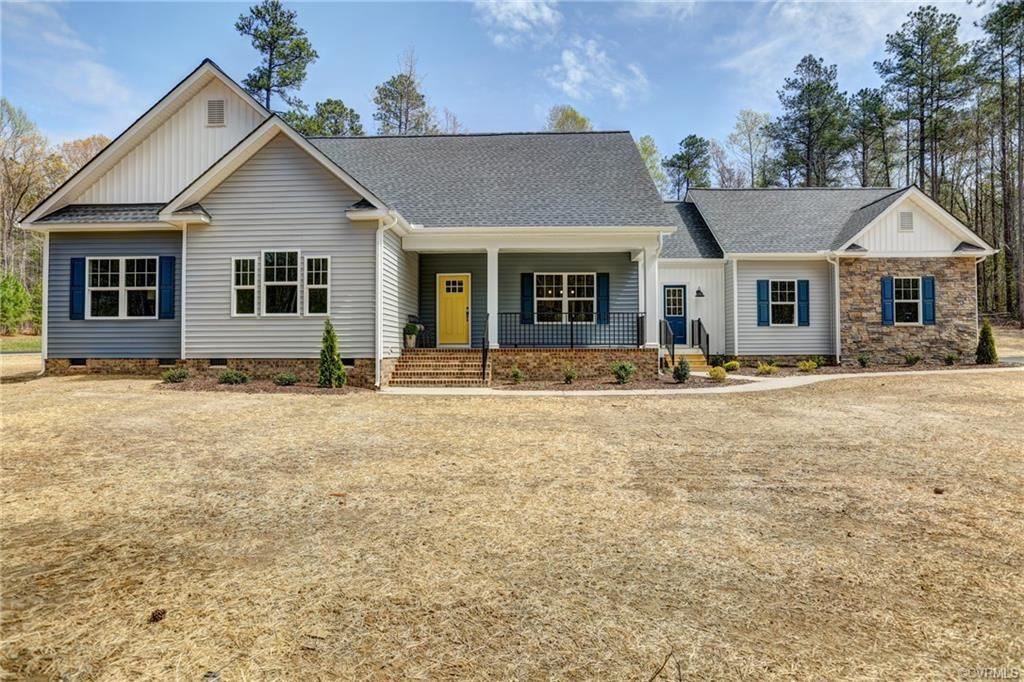 Photo for 11390 Poplar Gate Drive, Mechanicsville, VA 23116 (MLS # 1906148)