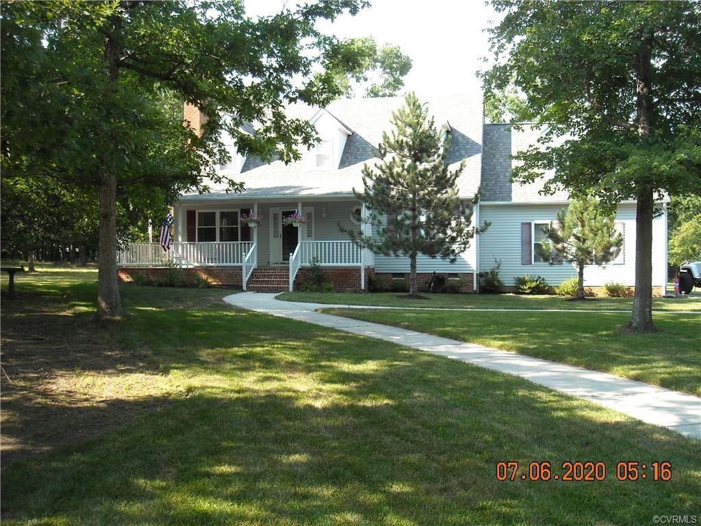 Photo for 11493 E Quaker Road, Disputanta, VA 23842 (MLS # 2020286)