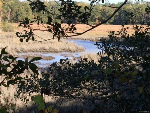 Photo of 404 Skimino Landing Drive, Williamsburg, VA 23188 (MLS # 2105382)