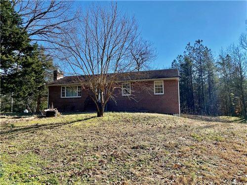 Photo of 17905 Poor House Road, Amelia, VA 23002 (MLS # 2101498)