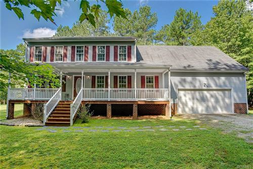 Photo of 1605 Hollow Log Drive, Powhatan, VA 23139 (MLS # 2027530)