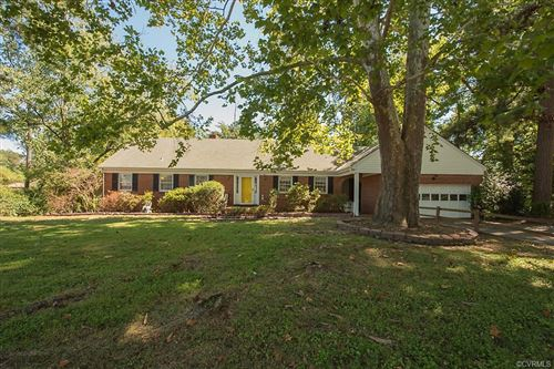Photo of 811 Forestview Drive, Colonial Heights, VA 23834 (MLS # 2128706)