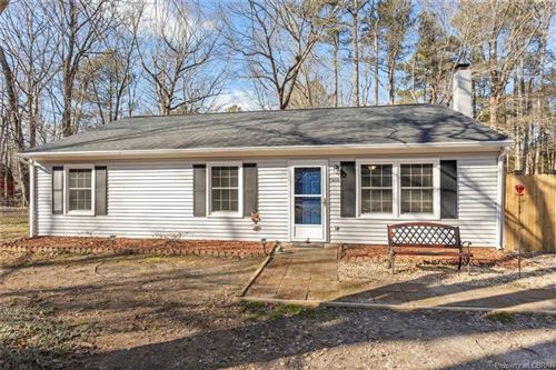 Photo of 7656 Walnut Road, Abingdon, VA 23061 (MLS # 2101891)