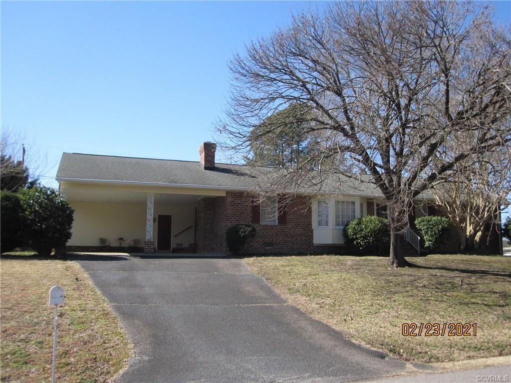 Photo of 7955 Meadow Drive, Mechanicsville, VA 23111 (MLS # 2104924)
