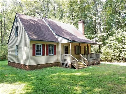 Photo of 8530 WOODLAND Drive, Amelia, VA 23002 (MLS # 1929956)