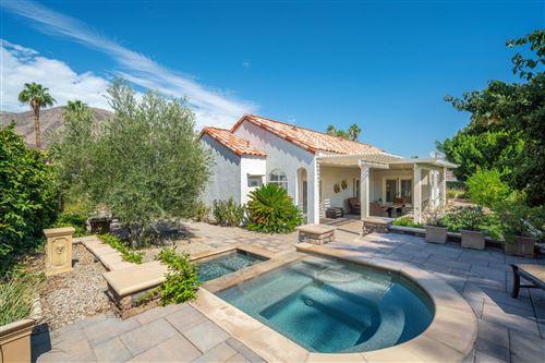Photo of 117 Chelsea Circle, Palm Desert, CA 92260 (MLS # 219044145)