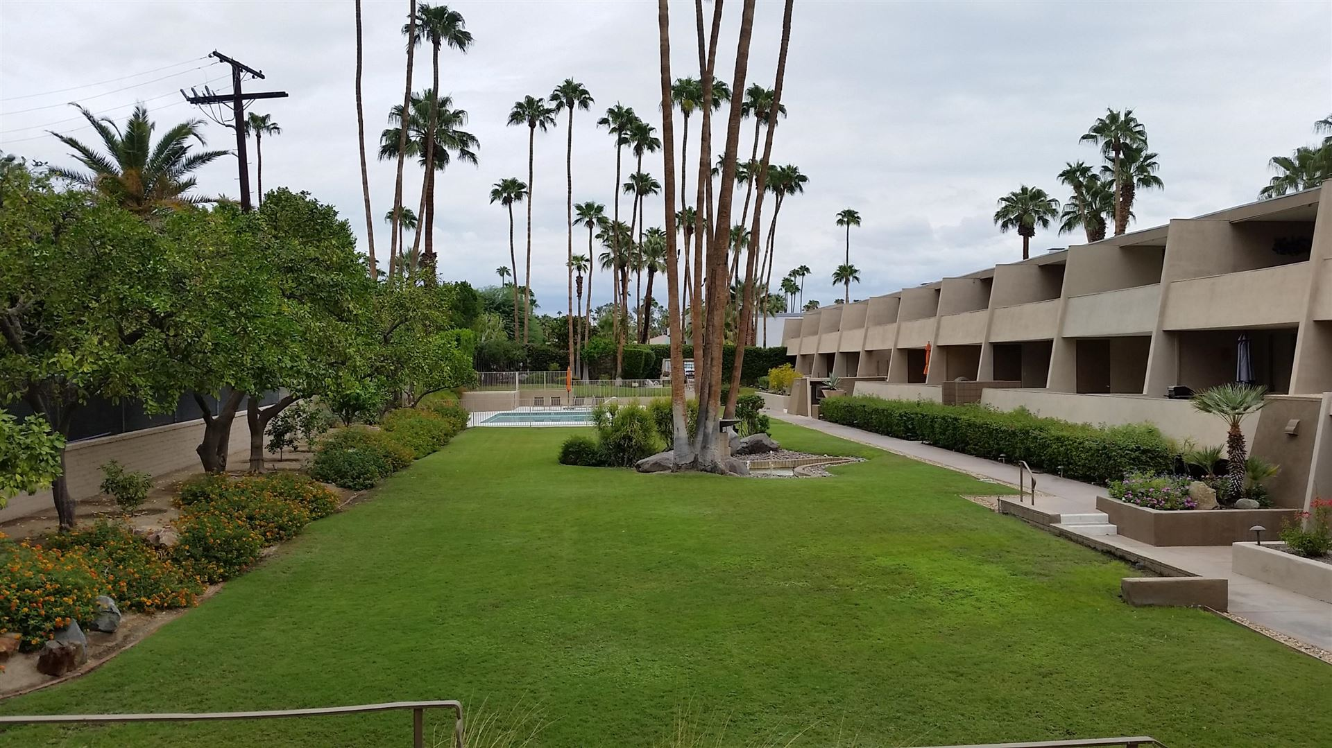 197 W Via Lola #8, Palm Springs, CA 92262 - #: 219038381