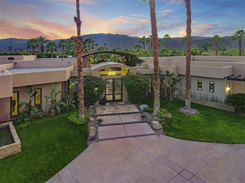 Photo of 1 Shakespear Court, Rancho Mirage, CA 92270 (MLS # 219037392)