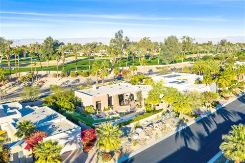 Photo of 13 Summer Sky Circle, Rancho Mirage, CA 92270 (MLS # 219055541)