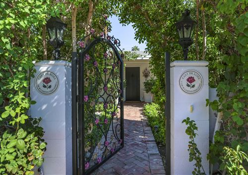 Photo of 148 W Camino Descanso, Palm Springs, CA 92264 (MLS # 219067654)