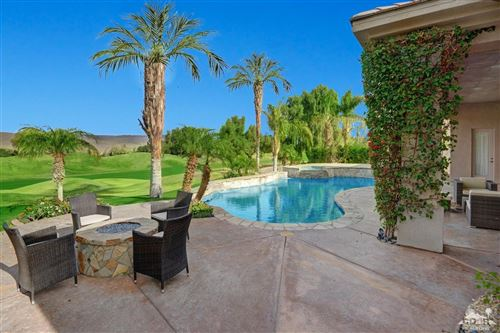 Photo of 39 Calle Del Norte, Rancho Mirage, CA 92270 (MLS # 219045769)