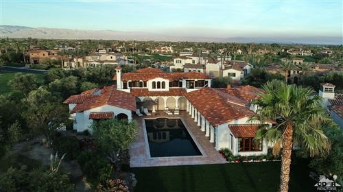 Photo of 52635 Via Dona, La Quinta, CA 92253 (MLS # 219008825)