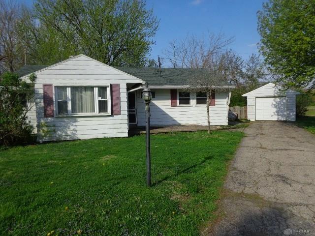 Photo for 129 Wynona Drive, Eaton, OH 45320 (MLS # 789044)
