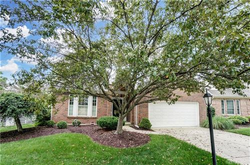 Photo of 6966 Wembley Circle, Centerville, OH 45459 (MLS # 842069)