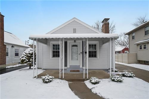Photo of 925 Colwick Drive, Dayton, OH 45420 (MLS # 831072)
