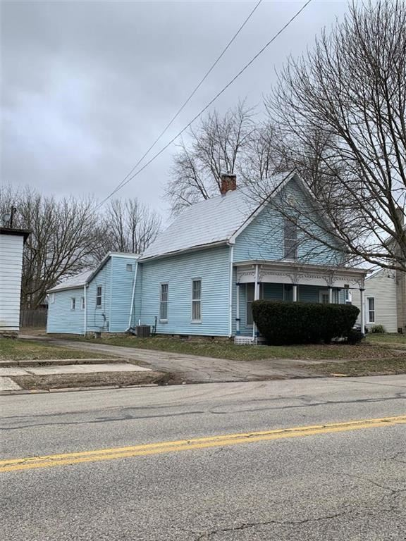 Photo for 317 Maple Street, Eaton, OH 45320 (MLS # 812072)