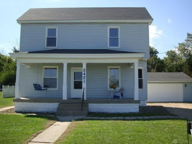 Photo for 2421 Enterprise Road, West Alexandria, OH 45381 (MLS # 806095)