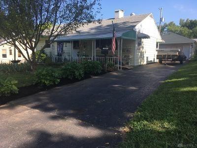 Photo of 827 Carole Street, Miamisburg, OH 45342 (MLS # 823114)