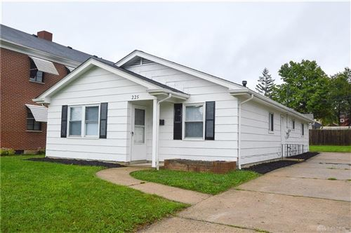 Photo of 225 Ardmore Drive, Middletown, OH 45042 (MLS # 850141)