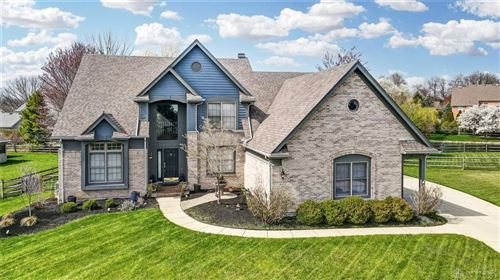 Photo of 6673 Leeds Circle, Centerville, OH 45459 (MLS # 837143)