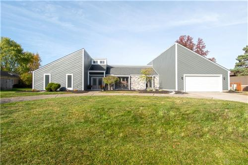 Photo of 10095 Mallet Drive, Centerville, OH 45458 (MLS # 828151)