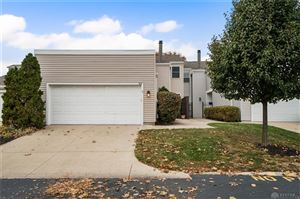 Photo of 924 Windom Square, Centerville, OH 45458 (MLS # 805156)