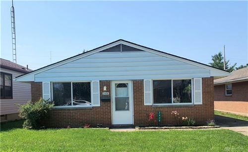 Photo of 2438 Winwood Avenue, Moraine, OH 45439 (MLS # 842160)