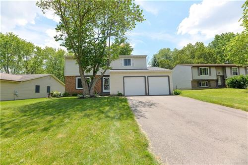 Photo of 2228 Pin Oak Court, Miamisburg, OH 45342 (MLS # 842182)