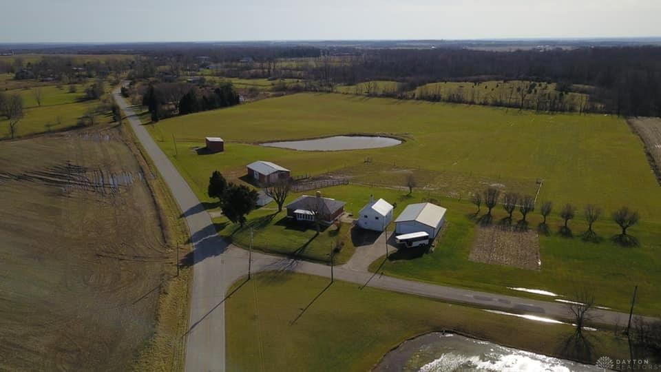 Photo for 10055 Quaker Trace Road, Camden, OH 45311 (MLS # 804182)