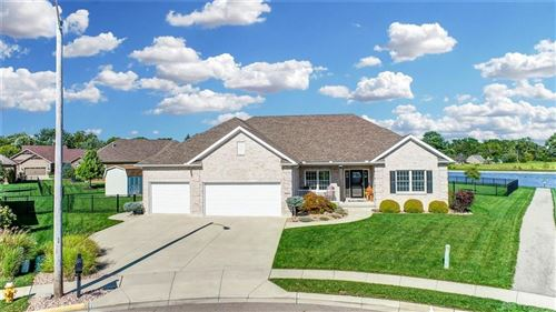Photo of 2321 Larkspur Drive, Troy, OH 45373 (MLS # 850203)