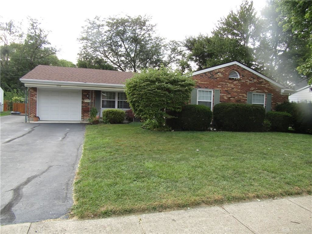 Photo for 5777 Pennywell Drive, Huber Heights, OH 45424 (MLS # 826223)