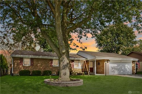 Photo of 1314 Nottingham Drive, Greenville, OH 45331 (MLS # 851295)