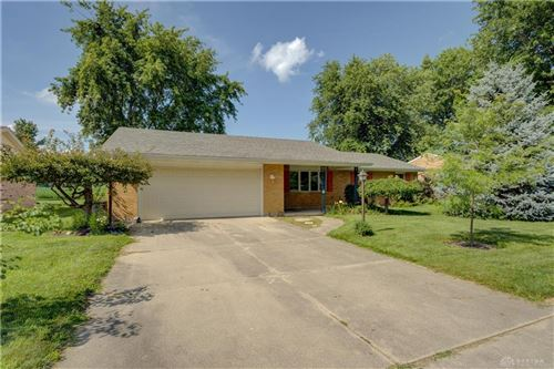 Photo of 452 Medallion Drive, Greenville, OH 45331 (MLS # 845317)