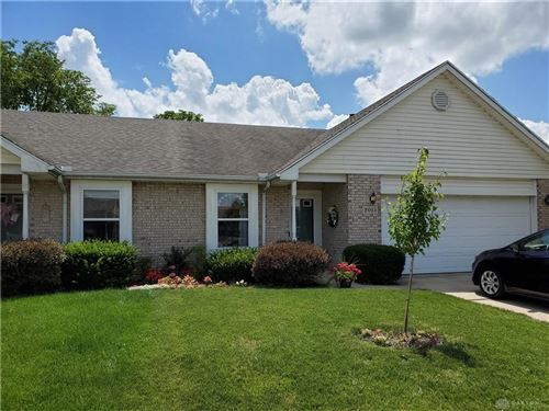 Photo of 2015 Swallowtail Court, Englewood, OH 45315 (MLS # 843325)