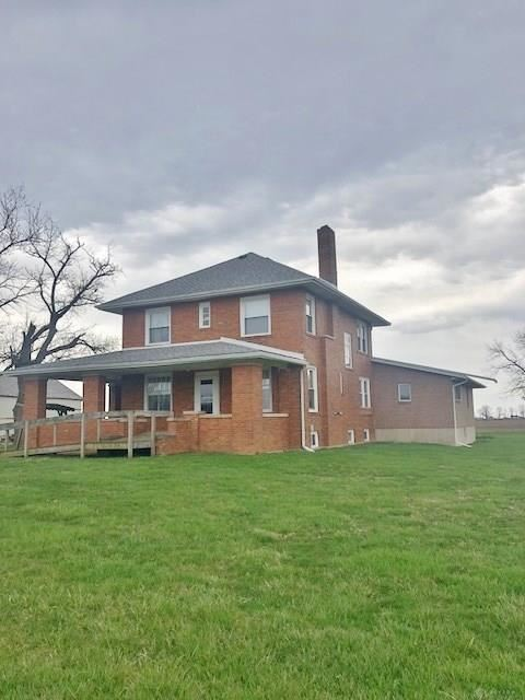 Photo for 558 US Route 40, Eaton, OH 45320 (MLS # 813341)