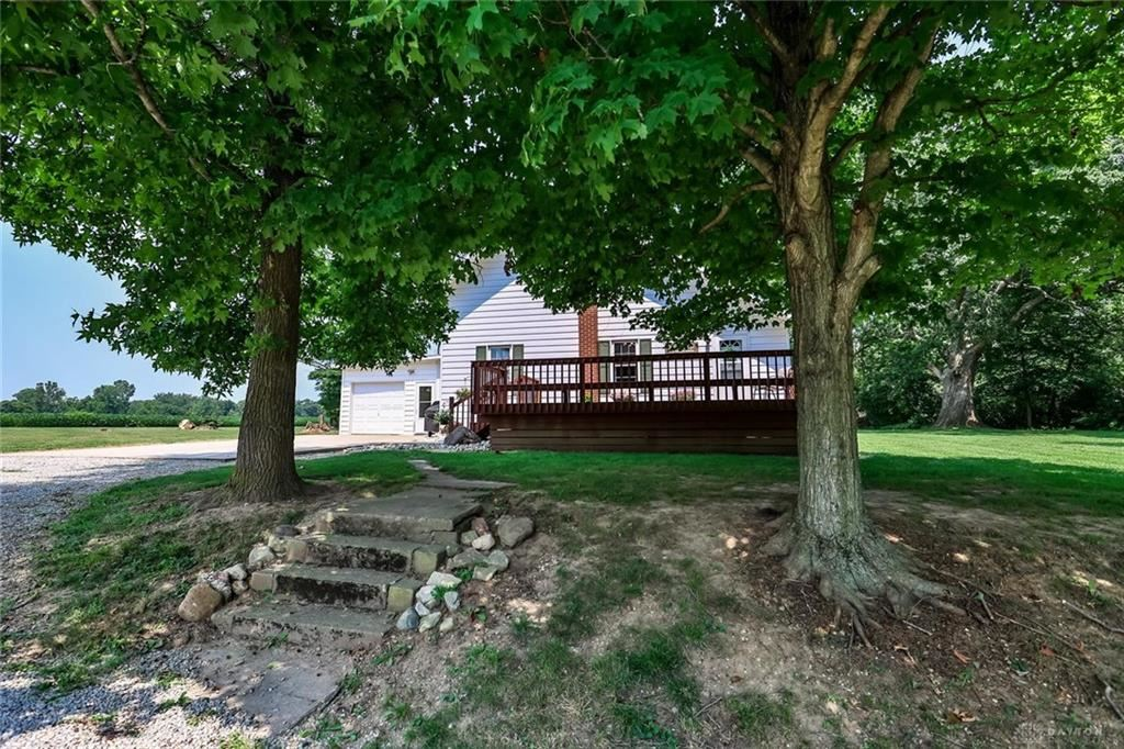 Photo for 1681 Old Camden Pike, Eaton, OH 45320 (MLS # 845345)