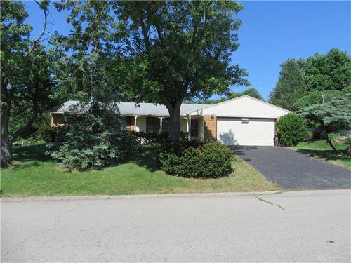 Photo of 2719 Marigold Drive, West Carrollton, OH 45449 (MLS # 818347)