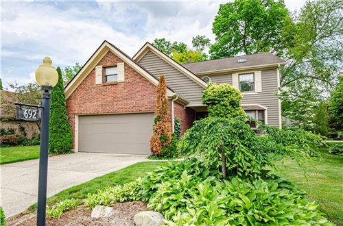 Photo of 692 Doe Crossing, Centerville, OH 45459 (MLS # 837353)