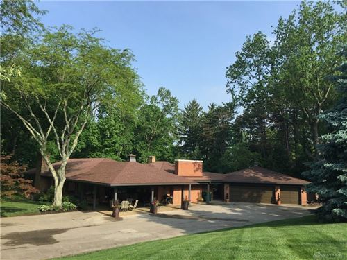Photo of 3921 Stonehaven Road, Kettering, OH 45429 (MLS # 807355)