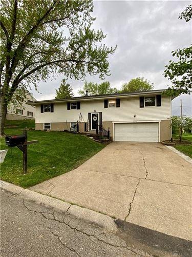 Photo of 2718 Flowerstone Drive, West Carrollton, OH 45449 (MLS # 839367)