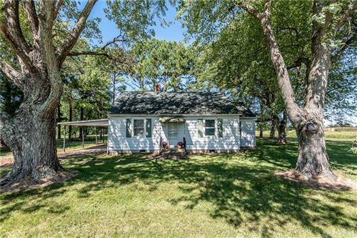 Photo of 93 Orchard Road, Wilmington, OH 45177 (MLS # 850368)