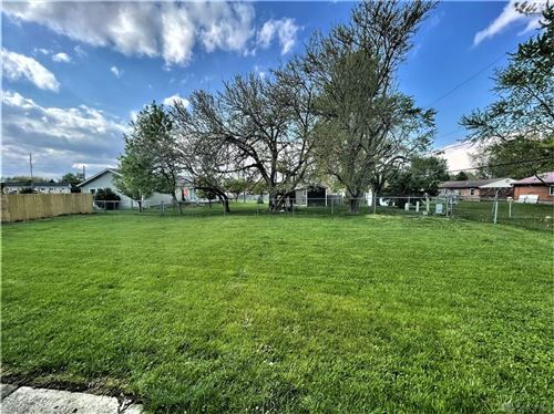 Tiny photo for 300 Little League Drive, Eaton, OH 45320 (MLS # 839410)