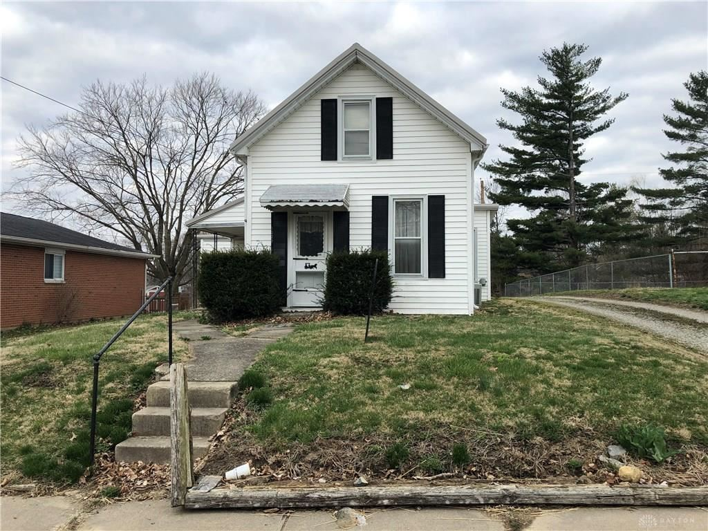 Photo for 1029 Maple Street, Eaton, OH 45320 (MLS # 780422)