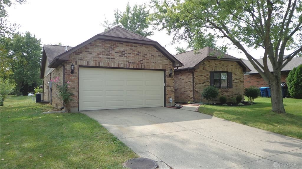 Photo for 6460 Rolling Glen Drive, Huber Heights, OH 45424 (MLS # 826435)