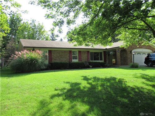 Photo of 1231 Greenmoore Drive, Greenville, OH 45331 (MLS # 826495)