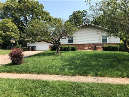 Photo of 145 Lake Forest Drive, West Carrollton, OH 45449 (MLS # 824509)